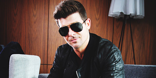 Layin' it on Thicke.